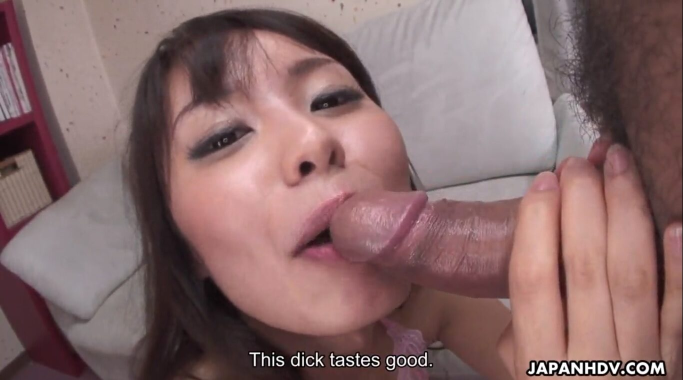 Asian guy filming his young girlfriend in an exciting amateur sex video recorded in POV